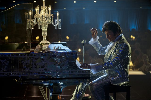 Behind the candelabra (2013) -- Still4