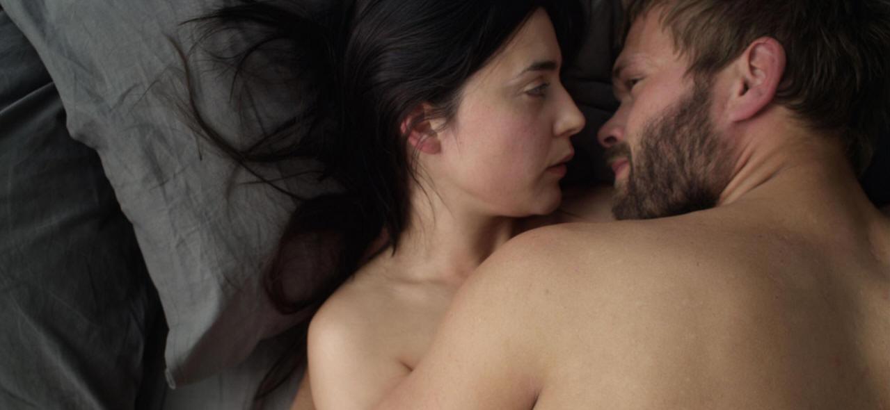 Kiss me (2011) -- Still2