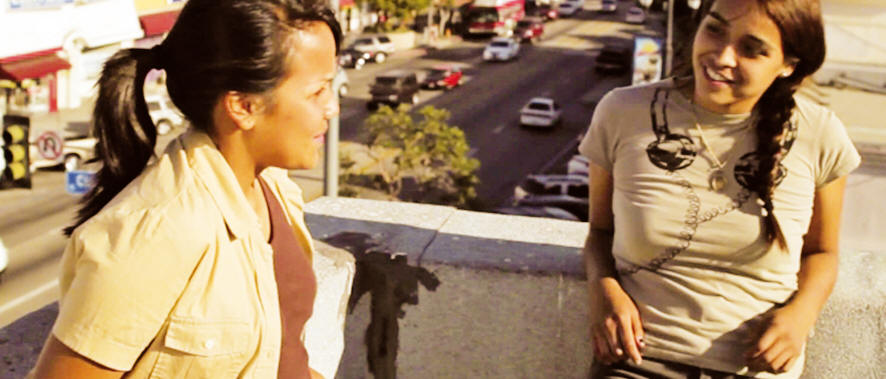 Mosquita & Mari (2012) -- HEAD