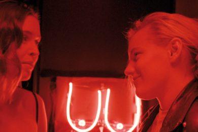 Below her mouth | Lesbenfilm 2016 — lesbischer Stream-Tipp