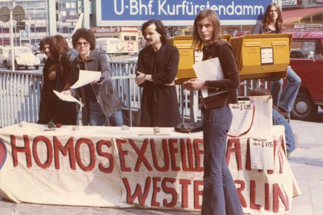 Mein wunderbares West-Berlin | Dokumentation 2017 -- schwul, lesbisch, Gay Pride, Homophobie, Homosexualität im Film, Queer Cinema, Stream, deutsch, ganzer Film -- FILMBILD