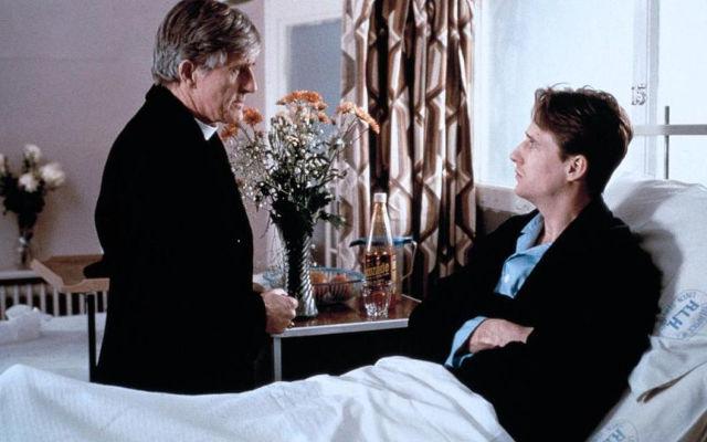 Der Priester | Gay-Film 1994 -- schwul, Coming Out, Homophobie, Homosexualität im Film, Queer Cinema, Stream, deutsch, ganzer Film, legal -- FILM-BILD