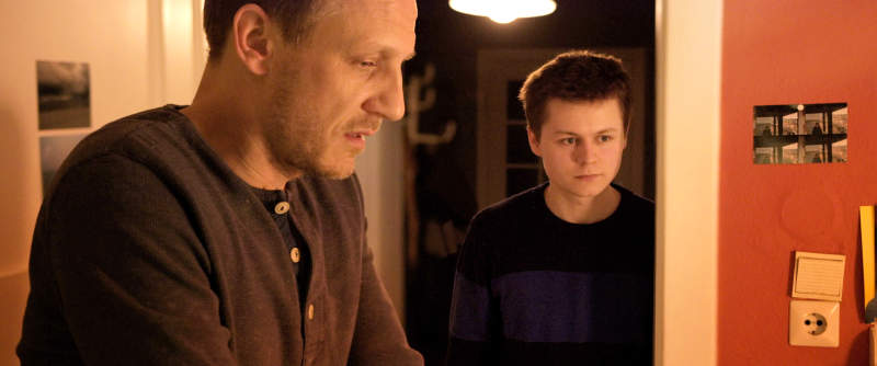 Ein Weg | Film 2017 -- Stream, ganzer Film, online sehen, Queer Cinema, schwul, Regenbogenfamilie