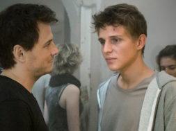 Aus der Haut | TV-Gay-Film 2016 — online sehen