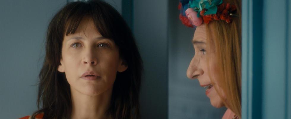 Mrs. Mills von nebenan (2018)