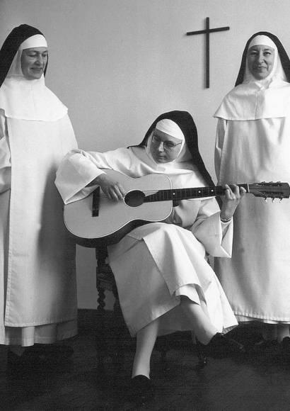 Soeur Sourire – Wer tötete die singende Nonne?   Dokumentation 2021 -- Stream, ganzer Film, Queer Cinema, lesbisch