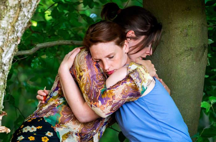 Wir   TV-Serie 2021 -- lesbisch, Homosexualität im Fernsehen, Stream, alle Folgen, deutsch